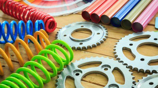 Jauhemaalaus soveltuu erilaisiin osiin ja jauhemaalauksen värivalikoima on lähes rajaton.