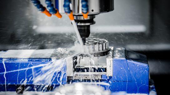 CNC- koneistus soveltuu mm. metallille.